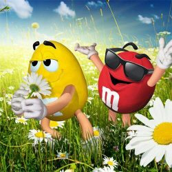 red & yellow m&m